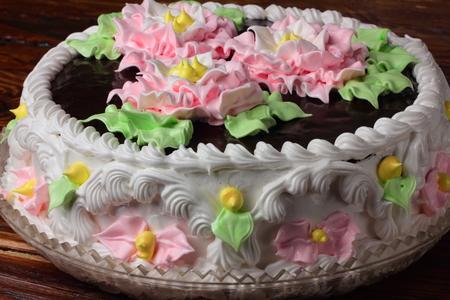 tortas de cumpleaños: primer plano de la torta de cumpleaños con glaseado de chocolate