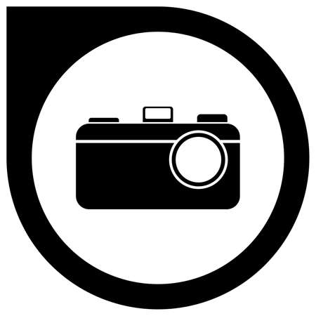Simple camera logo in circle pointer - black Standard-Bild - 117796810