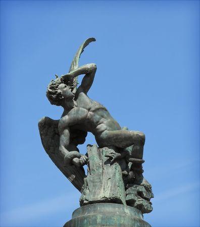 diavoli: Fallen Angel monumento a Madrid, Spagna