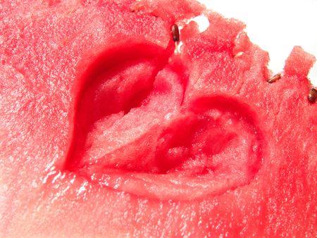 carotenoid: Jugosa sand�a fresca estrecha con forma de coraz�n arte  Foto de archivo
