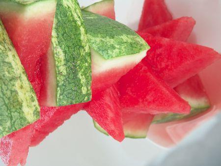 carotenoid: Jugosa sand�a pila de piezas para el verano de picnic