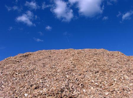 paillis: Paillis de bois Pieces And Blue Sky Background
