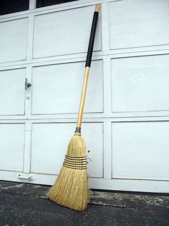 Corn broom gardening and construction cleaning tool