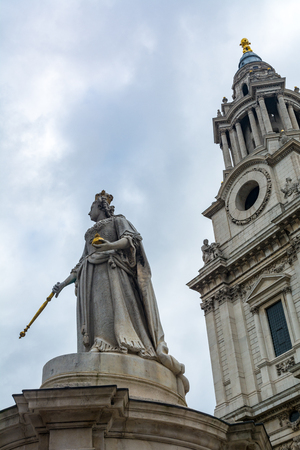 St Pauls Cathedral in London, with the statue of Queen Anne Stock Photo