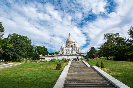 citytrip: Paris, France - August 14, 2016: The Basilica of the Sacred Heart of Paris, commonly known as Sacre-Coeur Basilica, is a Roman Catholic church and minor basilica, dedicated to the Sacred Heart of Jesus, in Paris