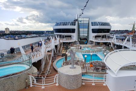 Kiel, Germany - September 2, 2017: The cruise ship MSC Fantasia at the harbor of Kiel. Redakční