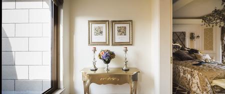 architrave: indoor home