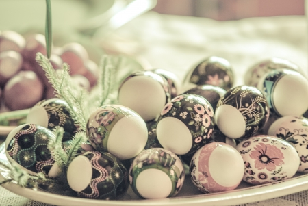 Vintage Eastern European Easter Eggs in a plate  White eggs with floral patterns Stock Photo - 18497878