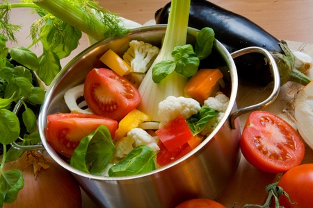 cooking pot: Vegetables in cooking pot