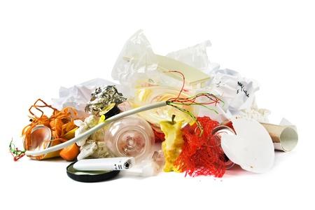 basura organica: Pequeño montón de basura mixta Foto de archivo