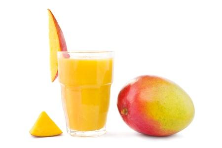 mango: Big szkła z mango smoothie z mango Zdjęcie Seryjne