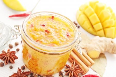mango: Pikantny mango ze składnikami