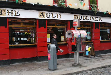 citytrip: Temple Bar District with pubs and life music in Dublin (Ireland) Editorial
