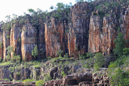 katherine: Rock formations in the Katherine Gorge in Australia
