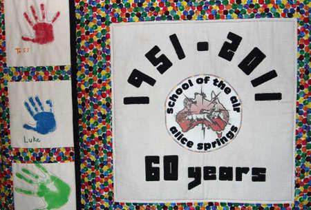 illiteracy: Alice Springs, Territorio del Norte, 25 de marzo 2013 La Escuela del Aire tiene en jubileo de 60 a�os Editorial