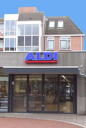 international crisis: International supermarket chain Aldi