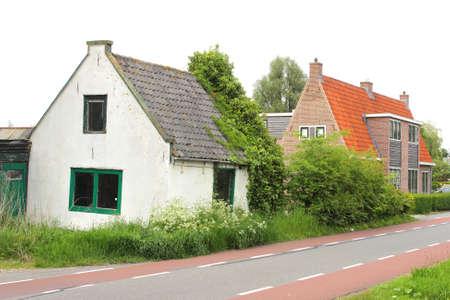 void: Kortenhoef, Netherlands, May 2014 Ancient uninhabitable and abandoned small house