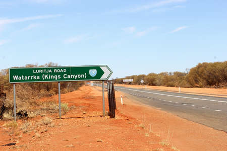kings canyon national park: Signpost to Kings Canyon, Watarrka National Park, Australia