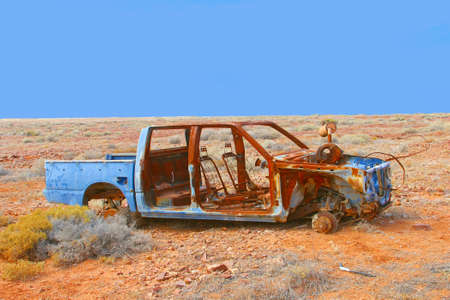 car wreck: Rustic car wreck in the desert around opal mining town Andamooka, South Australia