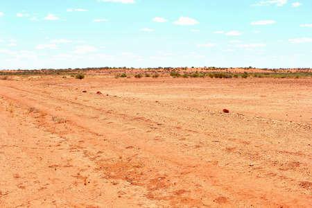 llanura: llano desierto rojo, Australia