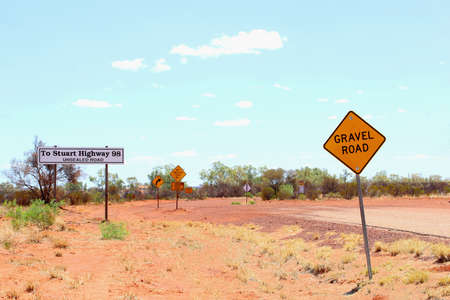 4wd: 4WD gravel road to Stuart Highway, Australia