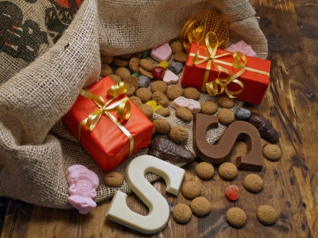 zak: Saint Nicholas bag with gifts and candy   Stock Photo