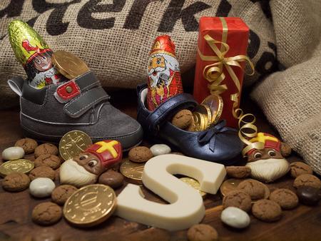 Pakjesavond, Sinterklaas Stockfoto - 34355577