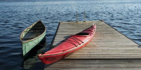 Canoe and Kayak, Lake Of The Woods, Ontario, Canada 版權商用圖片