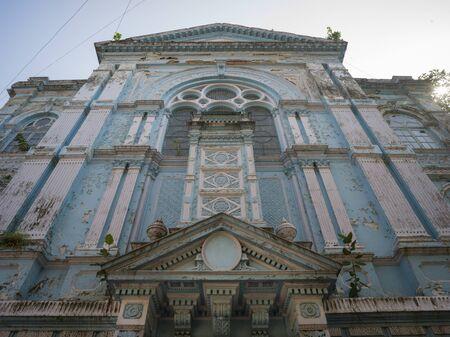 Low angle view of Knesset Eliyahoo Synagogue, Colaba, Mumbai, Maharashtra, India 스톡 콘텐츠