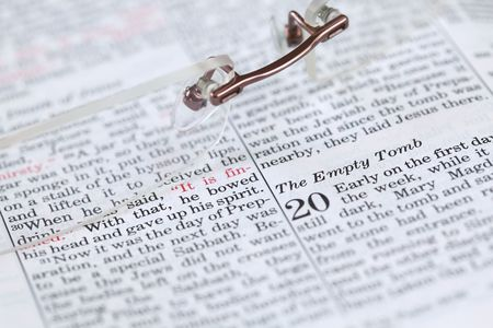 tomb empty: Open Bible with focus on the text in John 20: Empty tomb