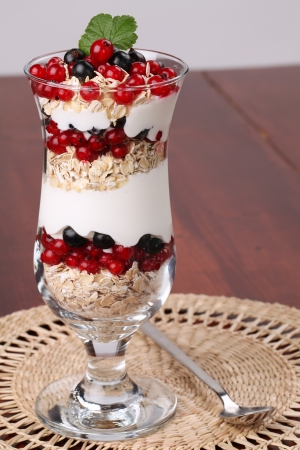 parfait: Red and black currant parfait with yogurt and oatmeal