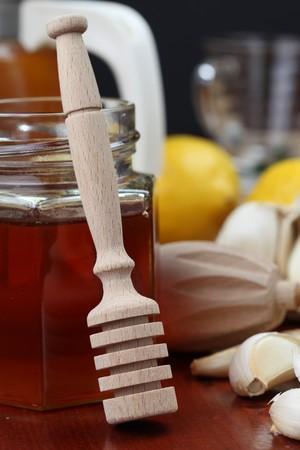 naturmedizin: Honig, Zitrone und Knoblauch als nat�rliche Medizin