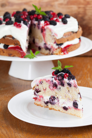 Mulberry and red currant cake with yogurt and whipped cream