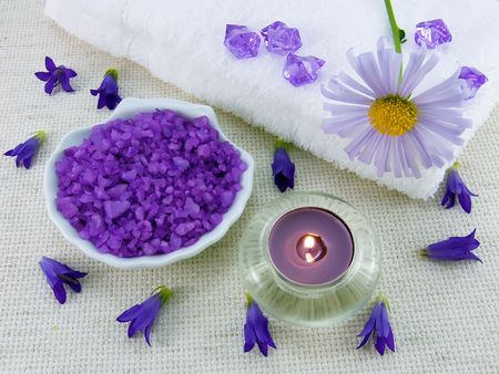 Marine bath salt with the aroma of lavender for an aromatherapy