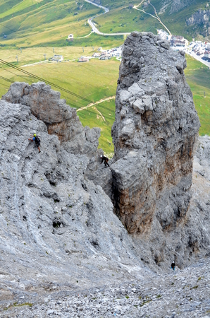 recreational climbing: Rock climbing in dolomites mountains in Italy