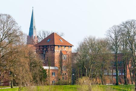 Kapstadt Nienburg mit Kirchturm und Kontrollturm Stock Turm an der Weser