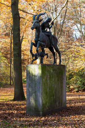 ludwig: Sculpture of the mythical creature with horsewoman and dog created by Ludwig Vierthaler, Eilenriede, Hannover