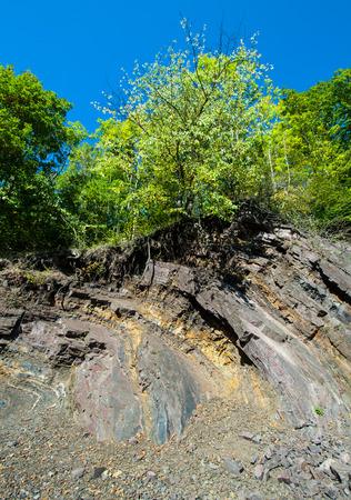 Felswand in Steinbruch bei Borghagen in Ddinghausen, Kreis Medebach im Hochsauer
