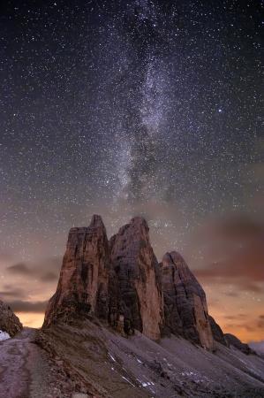 exposición: V�a L�ctea en los Alpes en el Valle de Lavaredo?s Foto de archivo