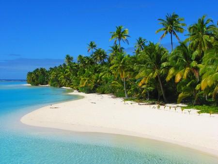 Beautiful beach in One Foot Island, Aitutaki, Cook Islands