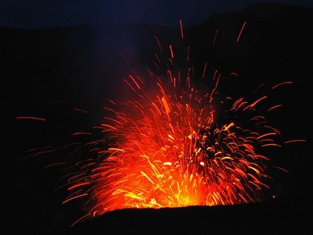 tremor: Eruption of Mt Yasur volcano, Vanuatu, South Pacific