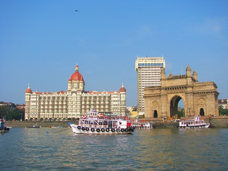 mahal: Gate of India and hotel Taj Mahal Palace, Mumbai (formerly Bombay), India   Stock Photo