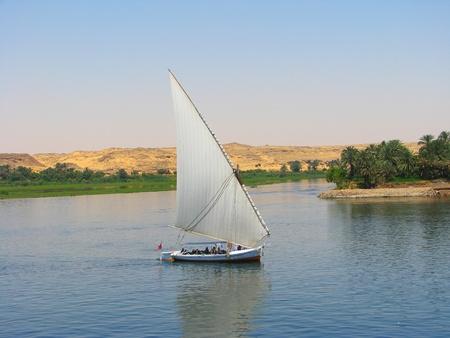 nile river: Faluca boat sailing in Nile river, Egypt