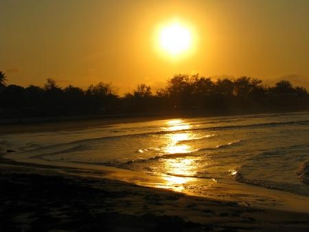 Tofo Beach sunset, Mozambique, Africa 免版税图像