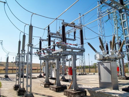 conductor electricity: High voltage electrical substation        Stock Photo