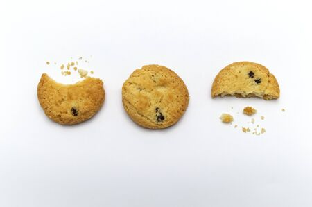 Raisin cookies or biscuit with crumbs flavor. Isolated on white background.  Stockfoto