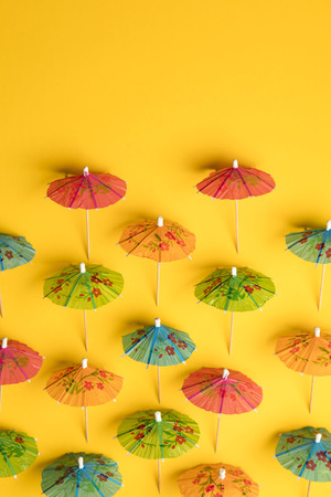 Cocktail umbrella summertime background Stockfoto
