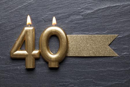 골드 번호 40 축 하 촛불 반짝이 레이블 스톡 콘텐츠