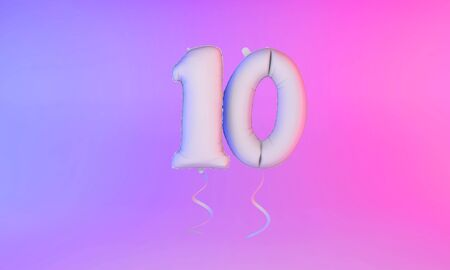 White number 10 celebration balloon greeting background. 3D Rendering Фото со стока - 131949222