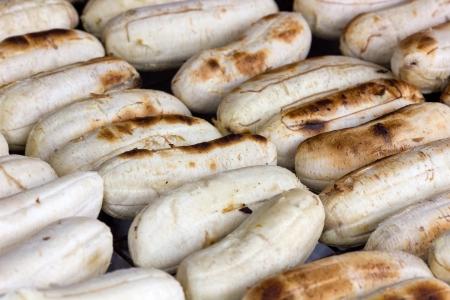platanos fritos: Pl�tanos fritos en la parrilla